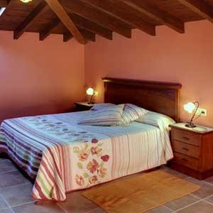 apartamentoruralllanes.es -  Apartamentos - Apartamentos Rurales Al Pie de Mañanga